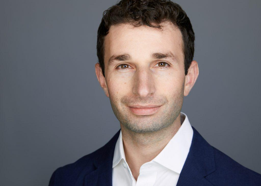 Adam - Seattle Headshot Pro - Professional Corporate Headshots in Seattle - Best Business Headshots In Seattle