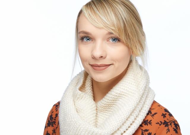Annette - Seattle Headshot Pro - Professional Corporate Headshots in Seattle