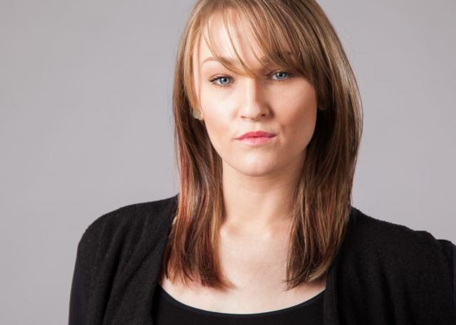 Roxanne - Seattle Headshot Pro - Professional Corporate Headshots in Seattle