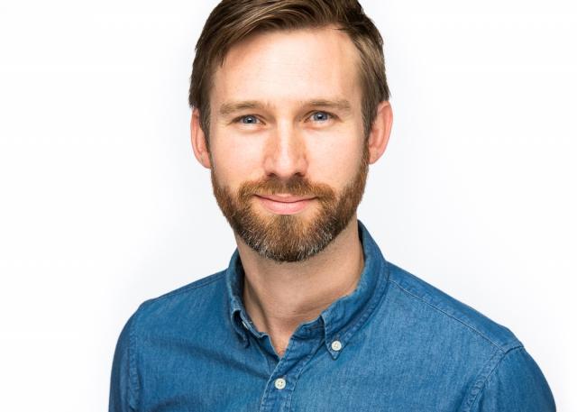 Tom - Seattle Headshot Pro - Professional Corporate Headshots in Seattle
