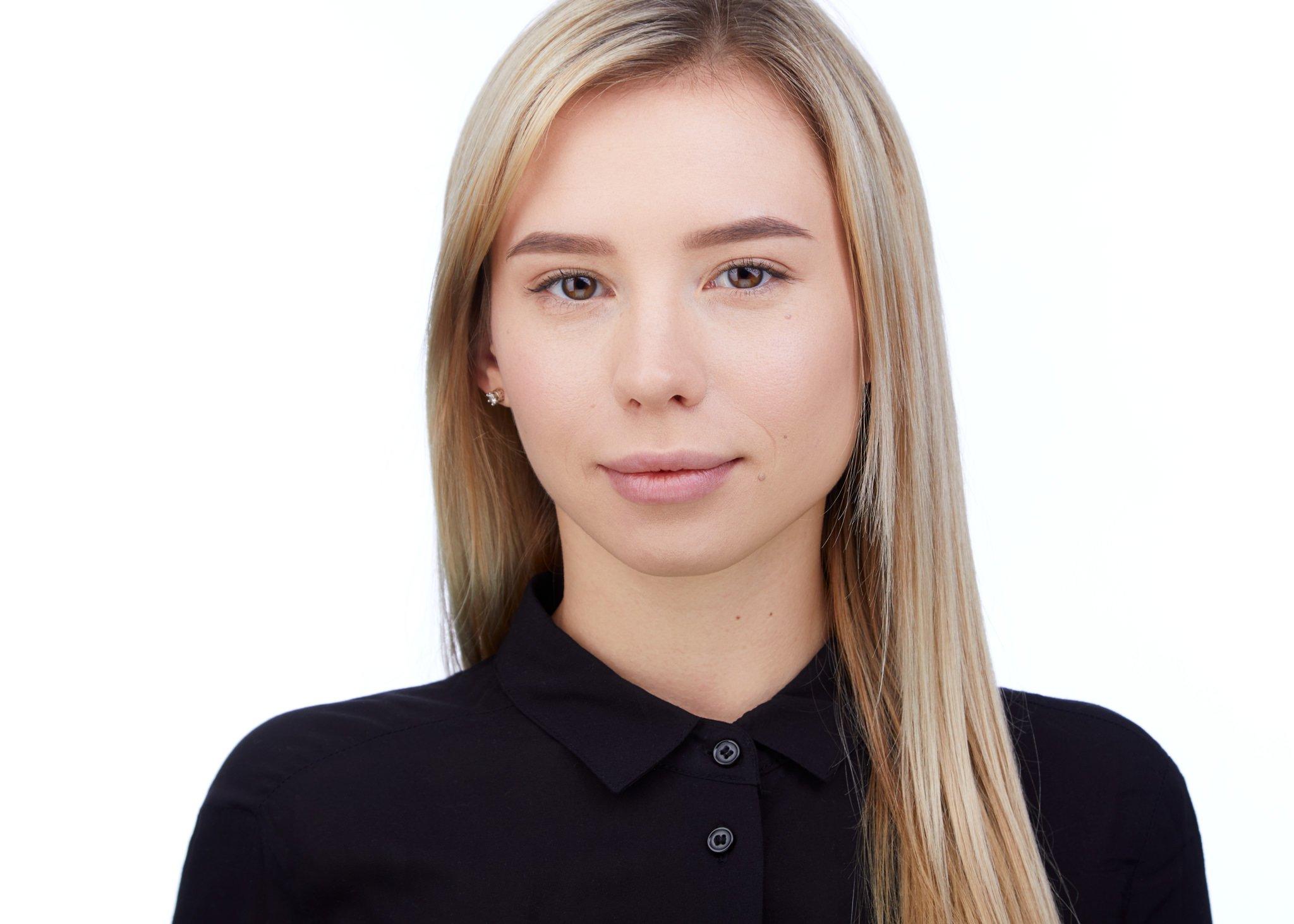 Vlada-Headshots21813-white3-2048px